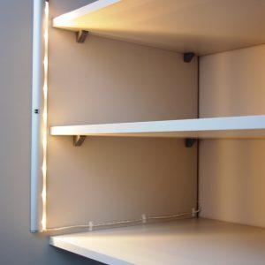 Oświetlenie w szafie wnękowej