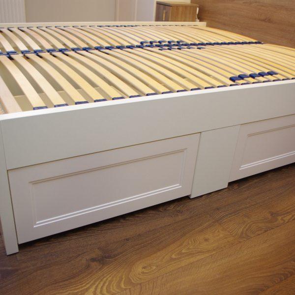 Łóżko na wymiar z szufladami