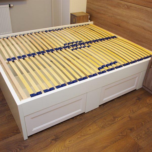 Łóżko z szufladami na wymiar
