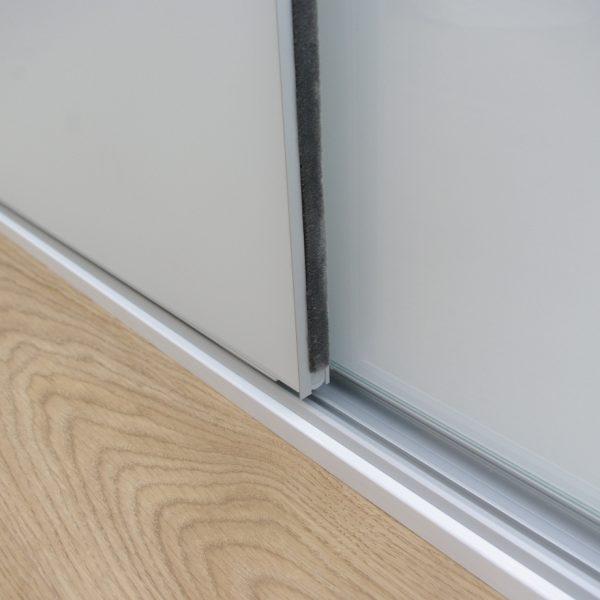 Drzwi suwane bezramowe